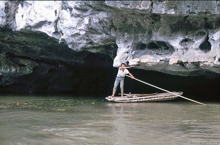 Entrance to a cave in Tam Coc
